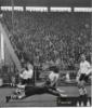 29. 3. 1961 - liga na Spartě - Hledík vpravo sleduje Svobodovu střelu (blondýn v tmavém)