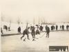 V sezóně 1934-35 hráli hokejisté SK Petrof Nový Hradec na rybníku Cikán. Na fotografii zápas s Bruslařským klubem Hradec Králové (PT)